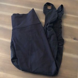 Lululemon black stirrup legging Size 10